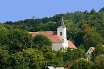 Kostel v Knínicích u Boskovic.