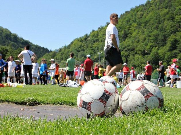 Mezinárodní fotbalový turnaj desetiletých hráčů v Boskovicích.