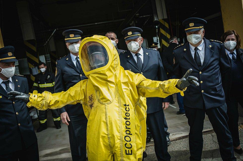 Blanenští hasiči se rozloučili s kolegou Jaromírem Klevetou. Jde do penze.