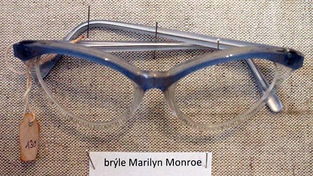 Více než sto historických brýlí si v těchto dnech mohou prohlédnout návštěvníci Muzea Boskovicka.