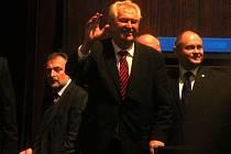 Prezident Miloš Zeman přijel poprvé jako hlava státu na Blanensko. Navštívil Černou Horu, společnost ČKD Blansko Holding a Blansko. Ve středu přijede do Boskovic. Chystá se do tamní dětské léčebny pohybových poruch, do firmy Lanik a na tamní radnici.