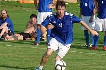 Lukáš Martínek v zápase malé kopané za Sadros Boskovice.