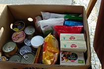 Pro rodiny v nouzi sbírají potraviny. Pomůžou konzervy nebo trvanlivé mléko.