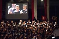 Loňský rok byl pro sbor jubilejním rokem, kdy si prostřednictvím rozmanitých akcí připomněl 150. výročí založení. Členové Rastislava absolvovali sérii gala koncertů, výstav, komorních pořadů, křestu DVD o historii sboru.