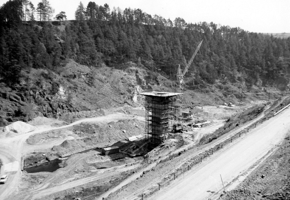 Přehrada Křetínka v době stavby.