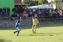 Fotbalisté Vysočan v rozhodujícím zápase okresního přeboru porazili 1:0 Vilémovice a jsou třetí. Do I. B třídy díky tomu postupují Jedovnice.