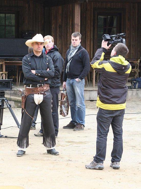 Ve westernovém městečku v Boskovicích natáčejí videoklip k písni Chudák holka z nového alba skupiny Kamelot.