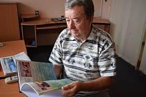 Autor knihy Josef Vylášek.