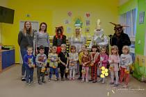Děti v drnovické školce i škole přišel navštívit Mikuláš i s čerty a anděly. Foto: archiv školy/Marcela Kopečková