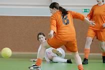 O víkendu hostila sportovní hala jedovnické průmyslovky fotbalový turnaj žen.