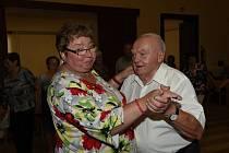 Taneční zábava pro seniory