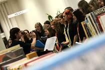 V Městské knihovně Blansko se ve středu večer konal Novoroční koncert.