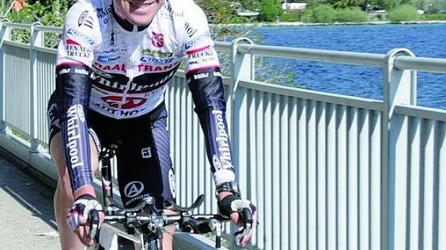 MAREŠ V ITÁLII. Blanenský cyklista rozjel v Itálii už třetí závod v krátké době za sebou. Úvodní časovka se mu moc nepovedla, v dalších kopcovitých etapách by si chtěl vylepšit umístění.