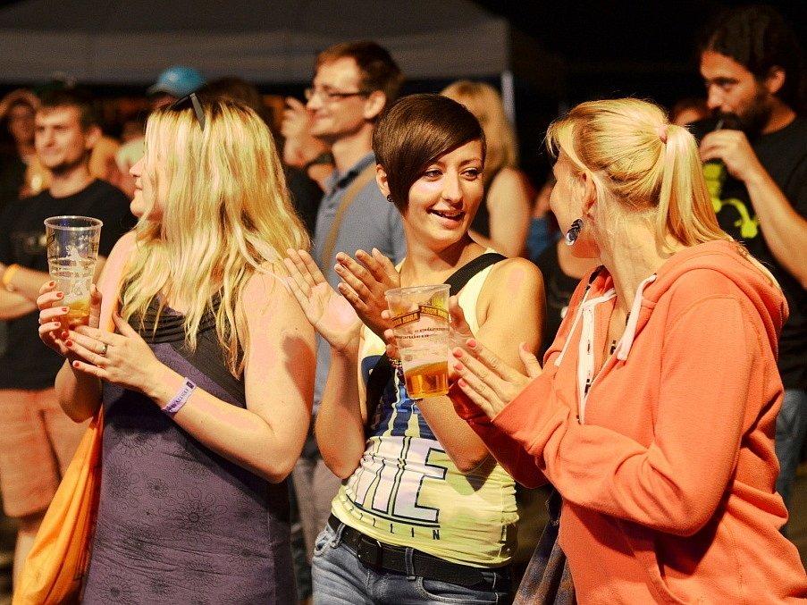Letovické koupaliště v sobotu ovládl Festival 3+1, tentokrát už patnáctý ročník.