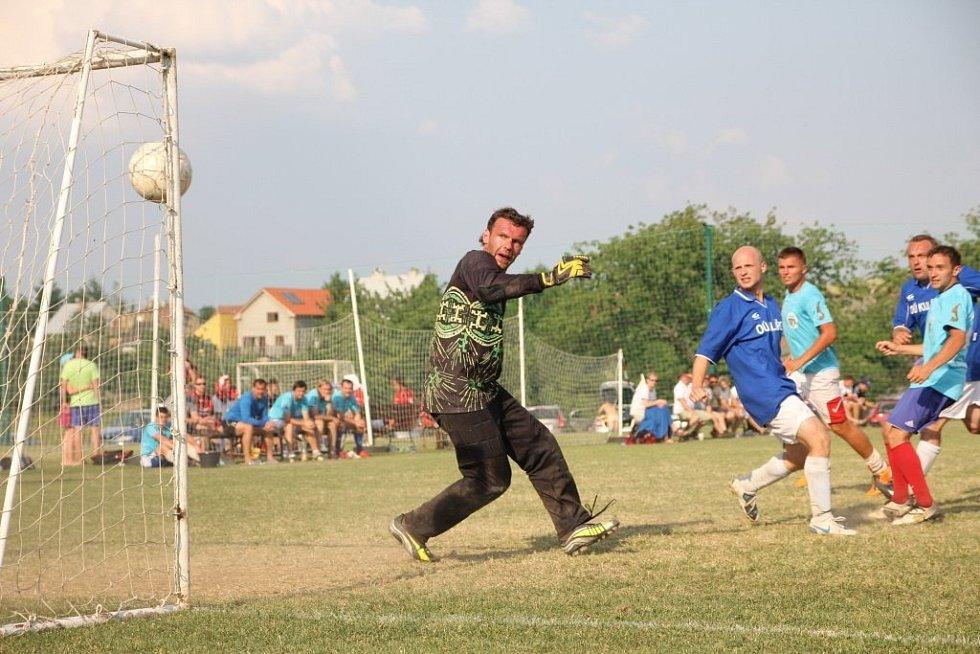 Vilémovický turnaj v malé kopané Hyundai Cup letos vyhráli brněnští Slovan Boys, kteří ve finále sestřelili do té doby famózní Orly Kotvrdovice.