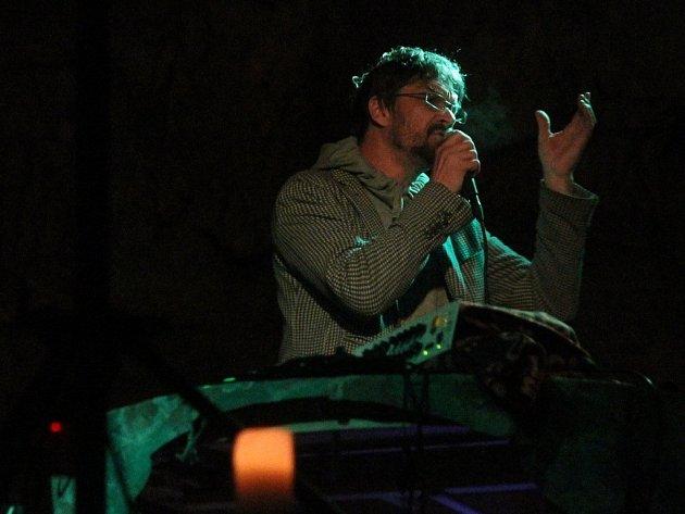 V Kateřinské jeskyni zpíval Bárta, Dusilová a EN.DRU.