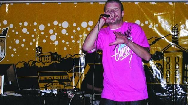 Hlavní hvězdy večera byli DJ Idea a MC Fatte. Ti probrali návštěvníky Boskovického happeningu kolem půlnoci.  Taneční plac pak okupovali nadšenci až do ranních hodin. Příští rok na akci zřejmě zazní i kytary.