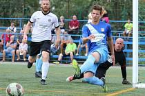 V prvním zápase nového ročníku Superligy malé kopané porazilo domácí Blanensko čtyřmi brankami Ondřeje Paděry a jednou trefou Davida Krška Olomouc 5:3.