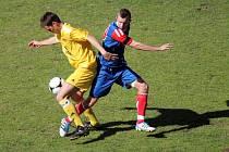 Fotbalisté Blanska i v deseti otočili zápas s Moravským Krumlovem a zvítězili 2:1.