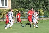 Kunštát vloni všechny domácí zápasy vyhrál. V prvním letošním utkání sice prohrál, v derby s Lipovcem, který postoupil z I. B, už bral díky gólům Adamce a Haničince tři body.