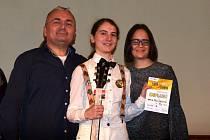 Aneta Pelíšková z Ráječka vyhrála celorepublikovou soutěž kytaristů Zlatá struna.
