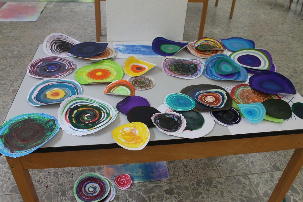 Letní výtvarná dílna ovládla na celý týden Galerii města Blanska.