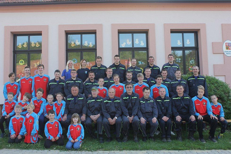 Členové SDH Jabloňany.