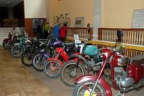 Do Sloupu přijela historická auta i motorky.