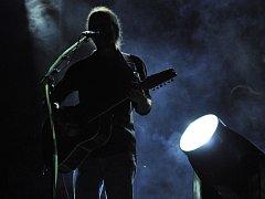 V rájeckém letním kině vystoupila revivelová kapela legendárních Pink Floyd s názvem Distant Bells.