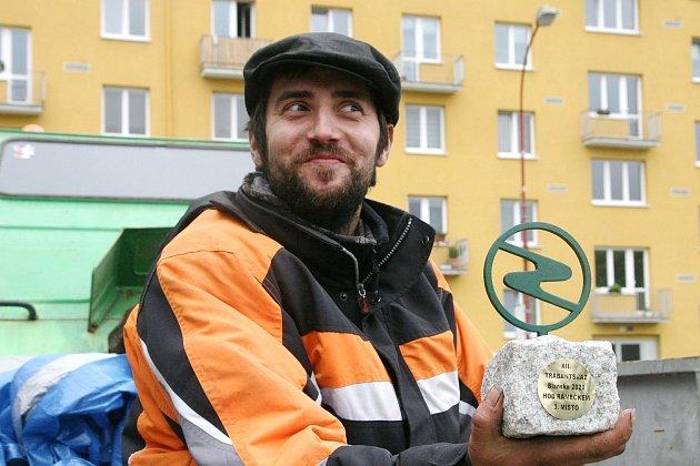 Syn Jana Šustáčka pořádá vBlansku tradiční sraz aut značky Trabant.