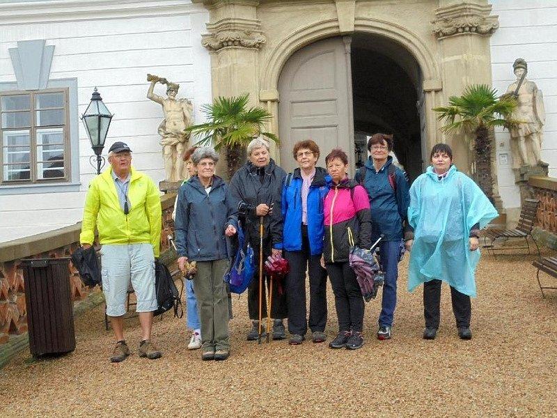 Vycházka adamovských turistů z Lysic.