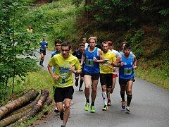 Na Sloupskou lesní patnáctku v neděli odstartovalo 73 běžců, což je rekord závodu.