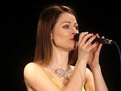 Žáci blanenské základní umělecké školy se představili při koncertu muzikálových melodií. Zazpívala i herečka a zpěvačka Hana Holišová.