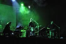 Revivalová kapela legendárních Pink Floyd s názvem Distant Bells.