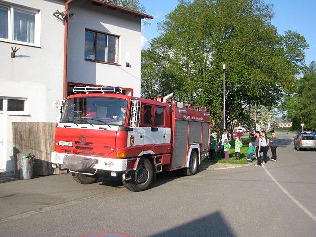 Sbor dobrovolných hasičů zVelkých Opatovic.