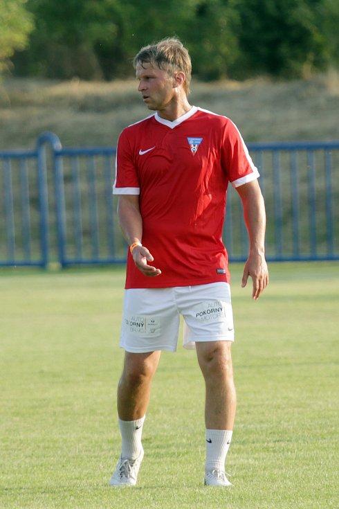 Patrik Siegl se starou gardou brněnské Zbrojovky navštívil i oslavy fotbalových Židlochovic.