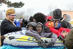 Blanenskou městskou částí Těchov prošel maskovaný průvod. Ostatky tam slaví přes sto let.