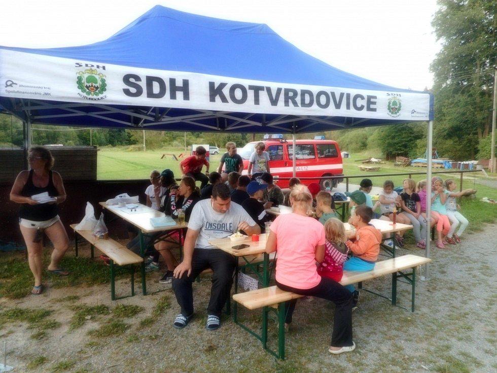 Letní tábor ostrovských hasičů