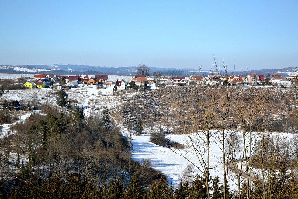Zimní procházka kolem Ostrova u Macochy.