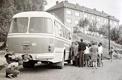 Autobusová linka v Adamově v roce 1968