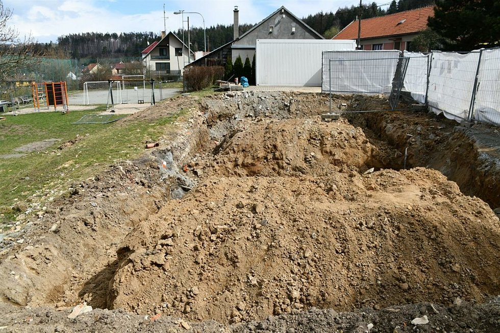 V Hrádkově postaví komunitní centrum.