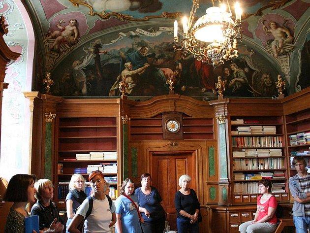 Barokní lékárna v Letovicích.