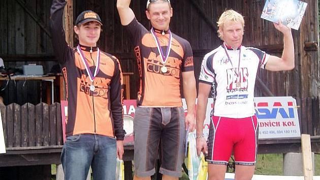 Pátý závod Poháru vrchoviny ovládli jezdci týmu MaxCursor.  V mužích vyhrál Zdeněk Mlynář.
