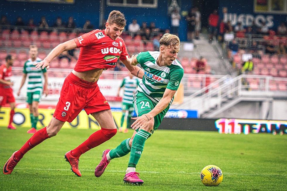 Obránce Jakub Černín odehrál za Zbrojovku pět prvoligových utkání.