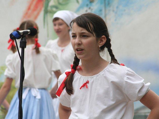 V sobotu ovládly Kořenec folklorní slavnosti.