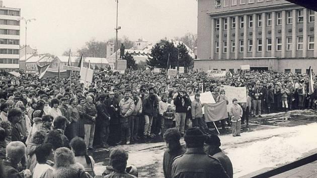 Listopad 1989 v Blansku