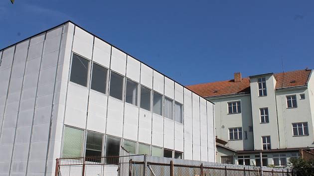 Jihomoravský kraj prodává objekty po zrušené střední škole v Havlíčkově ulici v Boskovicích.