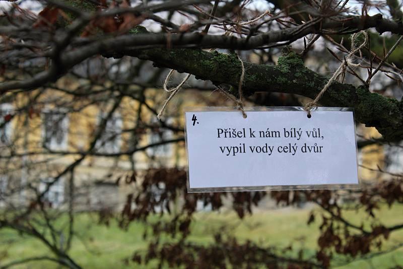 Čertovská vycházka ve Velkých Opatovicích.