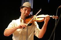 Osmnáctý ročník festivalu Boskovice 2010 zahájil ve čtvrtek v zaplněném zámeckém skleníku koncert klezmer kapely Trombenik.