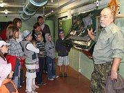 Jeskyně Výpustek u Křtin nabízí kromě jiného atraktivní prostředí mohutného podzemního atomového krytu.